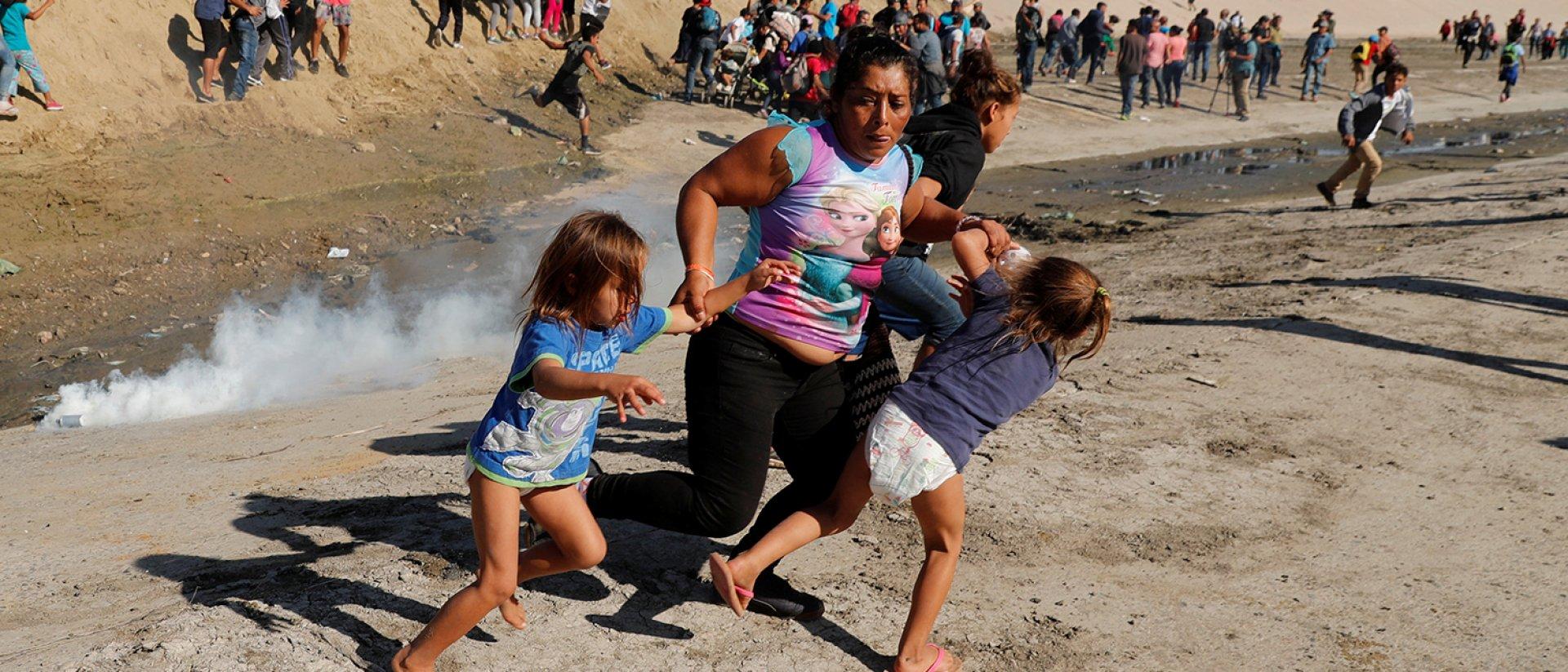 Gases lacrimogenos frontera mexico usa